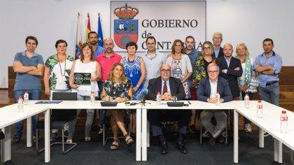 """Oria dice que productores alimentarios son """"los mejores embajadores"""" de Cantabria"""