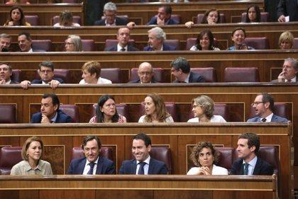 Pablo Casado reúne por primera vez a todos los diputados del PP en el Congreso