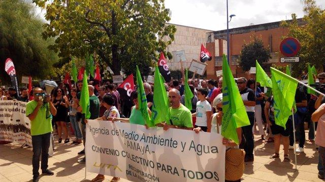 Concentración de UITA, CGT, y Atila con trabajadores de la Amaya