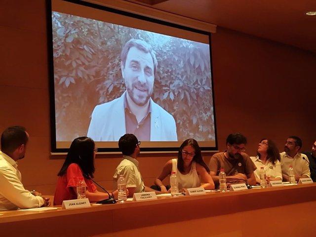 Toni Comín participa en el acto 'Sociaistes per la República' por vídeo