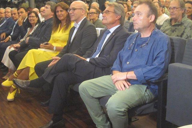 La consellera L.Borràs, O.Solé, A.Mas y M.Barceló