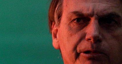 Bolsonaro lidera la carrera presidencial de Brasil con Lula en la cárcel