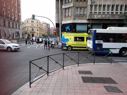 Herido un hombre tras ser atropellado por un autobús en Valladolid