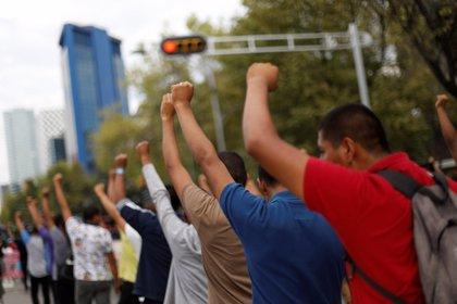 Protestas en México contra los incidentes violentos durante una marcha estudiantil este lunes