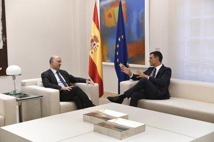 """Sánchez, tras su reunión con Moscovici: """"El Gobierno asume la exigencia de reducir desequilibrios fiscales"""""""