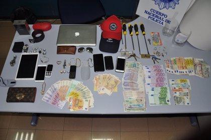 La Policía reduce casi un 70% los robos en domicilios en Oviedo durante la época estival