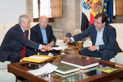 Vara visitará el 12 de septiembre al Papa Francisco, al que pedirá la integración de Guadalupe en la provincia extremeña