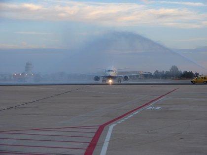 """Sevilla aspira a vuelos a Europa del Este y Escandinavia y """"a medio plazo"""" a Nueva York"""