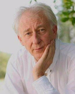 La SGAE reconoce a Albert Boadella con la entrega de la llave de 'La casa de los