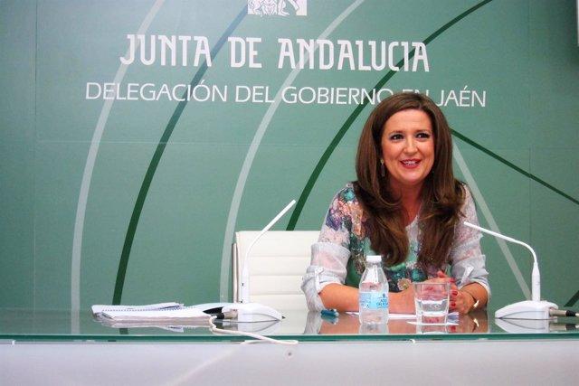 La delegada territorial de Educación en Jaén, Yolanda Caballero.