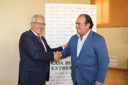 Caja Rural Extremadura y la Institución Ferial de la Serena promocionarán el sector del ovino