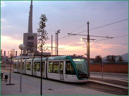 El Tram reforzará el servicio en la Diada e interrumpirá el Trambaix durante la manifestación