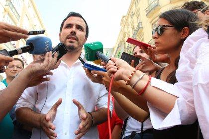 IU pide explicaciones a Borrell por la presencia del embajador español en una reunión de Corinna en Riad en 2007