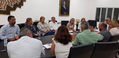 Alcaldes de Moguer, Lucena y Bonares apoyan a los regantes del Condado en la petición de las concesiones de agua
