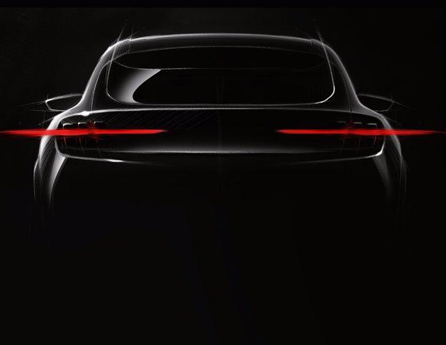 Primeras imágenes del Ford eléctrico inspirado en el Mustang
