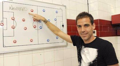 "Fernando Navarro se retira tras 17 temporadas en LaLiga, pero seguirá ""ligado"" al fútbol"