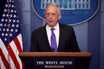 Mattis llega a Kabul para reunirse con el nuevo comandante de las fuerzas de la OTAN en Afganistán