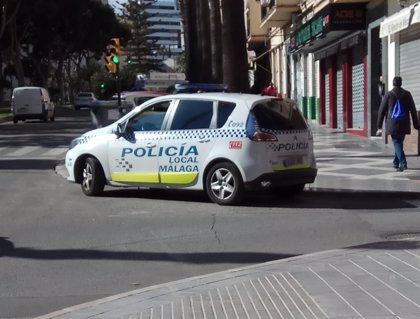Detienen en Málaga capital a un hombre tras sorprenderlo vendiendo hachís a un menor de 15 años