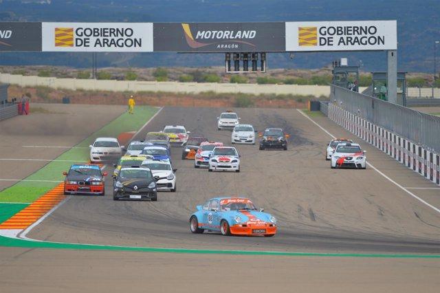 Competición deportiva en Motorland.