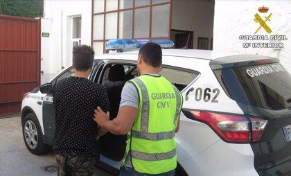 Detenido un hombre por el secuestro exprés de una mujer en Ibi para robarle 30 euros