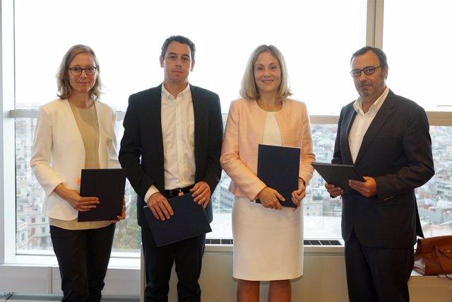 Grifols firma un préstamos de 85 millones con el BEI