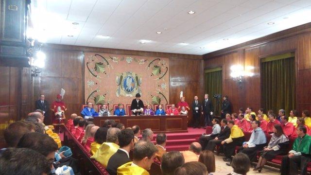 Acto de apertura de la Universidad de Navarra.