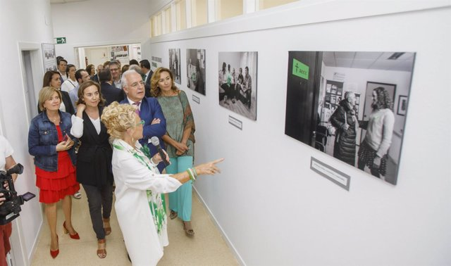 Inauguración Asociación del Cáncer de La RIoja