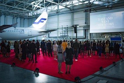 Finnair estrena una película para celebrar sus 35 años conectando oriente y occidente