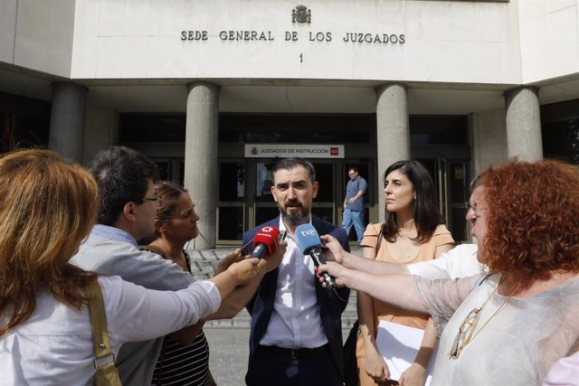 Ignacio Escolar y Raquel Ejerique declaran por el máster de Cifuentes