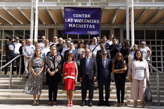 Minuto de silencio en el Gobierno de Aragón tras el último crimen machista