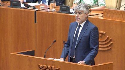 """García (PSOE) defiende la Constitución y el Estatuto fruto de la transición sobre la que no cabe """"relectura"""""""
