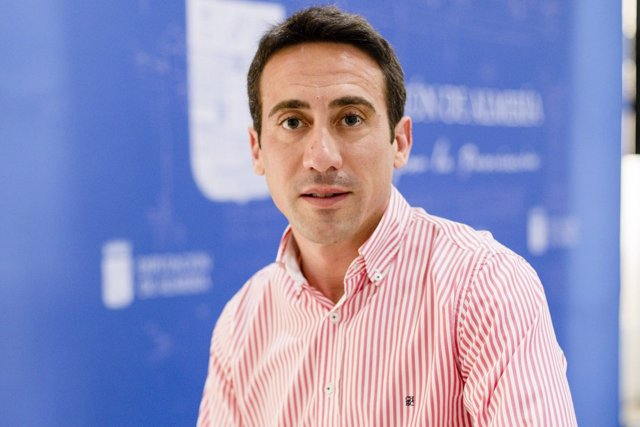 El diputado Óscar Liria responde a las críticas del PSOE sobre municipios.