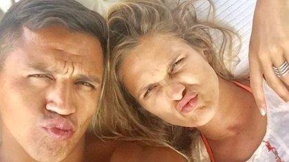 Alexis Sánchez y Mayte Rodríguez confirman su ruptura en Instagram