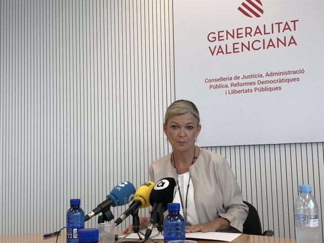 La consellera de Justicia, Gabriela Bravo, en rueda de prensa