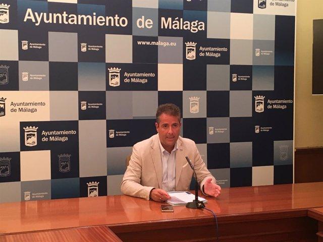 Carlos Conde en la Junta de Gobierno local