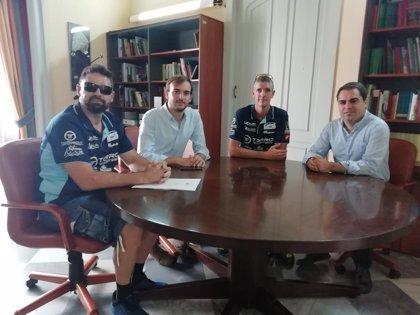 La Junta apoya al deportista gaditano José Manuel Candón para acudir al Campeonato Mundial XTerra de Hawái