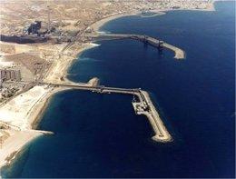 Puerto de Carboneras, en Almería