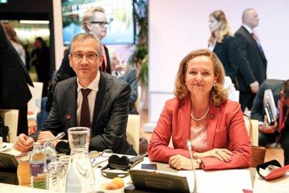"""Calviño defiende la tasa digital en la UE para conseguir un sistema fiscal """"más justo"""""""