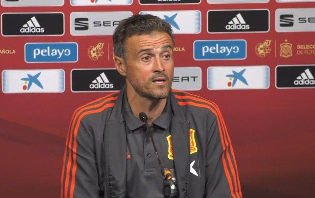 Luis Enrique Martínez en rueda de prensa