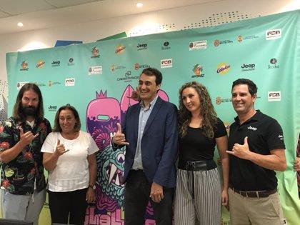 El OA2 Mozucos Challenge lleva a promesas del surf y skate a la playa de Luaña