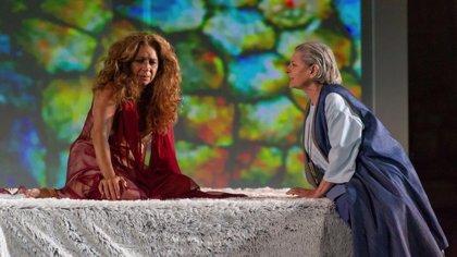 Almuñécar (Granada) cierra este sábado el X Festival Grecolatino con la obra 'Fedra', protagonizada por Lolita