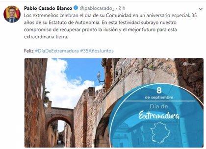 """Casado felicita a los extremeños y subraya su compromiso por """"recuperar la ilusión y el futuro"""" para la región"""