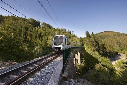 Euskotren refuerza su servicio de trenes con motivo de la 'Euskal Jaia' de Zarautz y las Regatas de la Concha