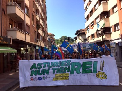 La plataforma 'Lluchando Pola Soberanía' califica de éxito la movilización antimonárquica de este sábado