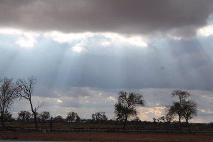La Rioja seguirá en aviso amarillo por lluvias y tormentas también el domingo