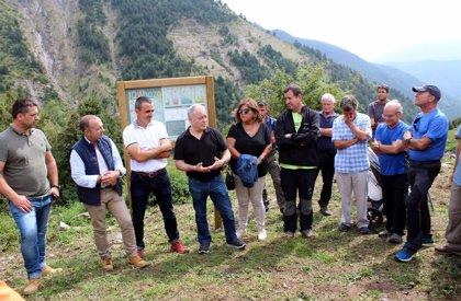 Una cabaña de pastores reconvertida en refugio, al servicio de montañeros y senderistas en Linás de Broto (Huesca)