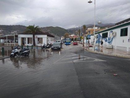 Una treintena de incidencias por la lluvia en la provincia de Granada en la tarde de este sábado