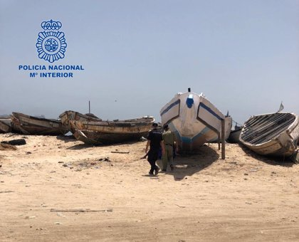 Detenidas 18 personas en Mauritania preparadas para salir en cayuco hacia las Islas Canarias