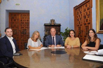La Diputación respalda los programas de inclusión social y empleo juvenil que desarrolla Cruz Roja en Córdoba