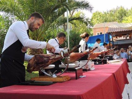 Monesterio (Badajoz) reparte 2.500 bocadillos en su XXIX Día del Jamón